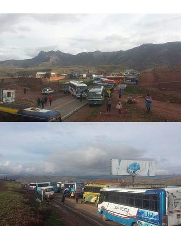 Choferes cierran el tráfico hacia Sucre en municipio de Betanzos