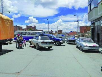 Transporte sindicalizado declara un cuarto intermedio en bloqueos