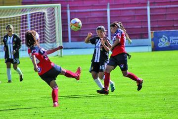 La selección potosina de fútbol se ausenta esta tarde a Sucre