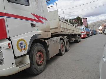 La carretera hacia Oruro está expedita