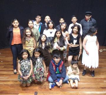 Niños demuestran  talento en teatro