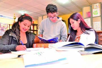 Universidad privada brinda clases de nivelación a colegiales y postulantes