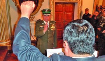 Jura nuevo comandante con el compromiso de trabajo