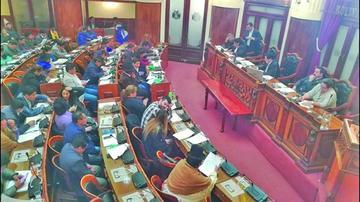 Avanza aprobación de ley corta para abrogar el nuevo Código Penal