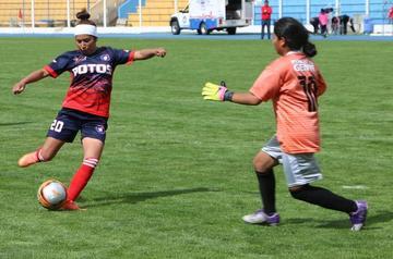 """Potosí se impone a Litoral en su visita al estadio """"Hugo Chávez"""", de Chimore"""