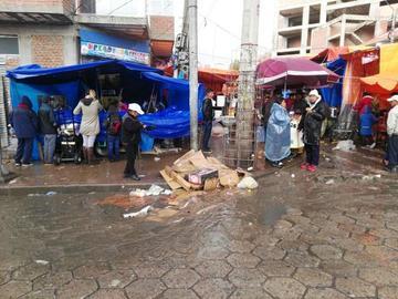 Garantizan el recojo de la basura de la Feria Popular