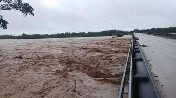 Declaran alerta naranja por lluvias y crecidas de ríos en 4 departamentos
