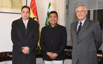 Bolivia: equipo jurídico se reunirá en La Haya por el tema marítimo