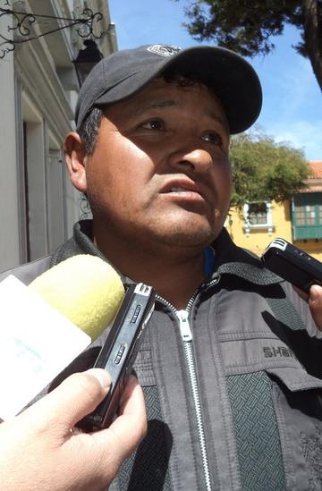 Bautista continúa como presidente de Fedjuve y desconoce suspensión