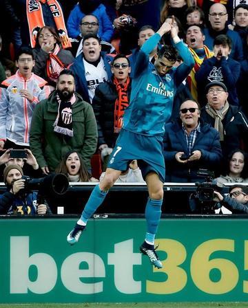 Real Madrid alivia su crisis con una goleada