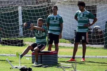 Banfield recibe hoy a Independiente del Valle