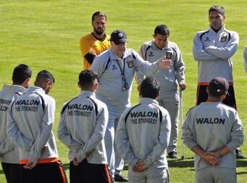 El Tigre define su equipo para retar al santo