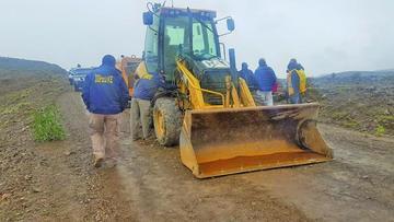 Recuperan tractor robado y una compresora del Sedeca