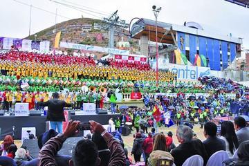 Festival de Bandas brilla y abre el Carnaval de Oruro