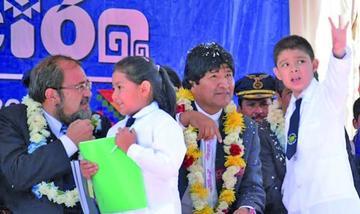 Evo inaugurará el año escolar 2018 en colegio Ignacio León, de Oruro