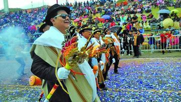 Miles de danzarines viven último convite de Oruro