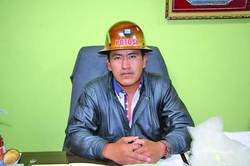 Mineros denuncian la toma de yacimientos en Jayaquila