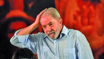 Lula niega rumores de su salida del país en busca de asilo político