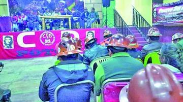 Los trabajadores potosinos posponen ampliado regional