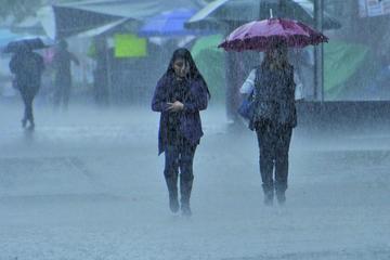 Declaran alerta amarilla en 13 regiones de Uruguay por tormentas fuertes
