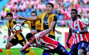 Junior gana por la mínima diferencia a Guaraní