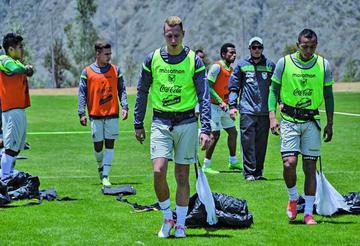 Bolivia sube 2 puestos en el ranking de la FIFA