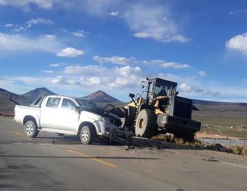 Una persona herida tras choque a tractor