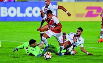 Santa Fe vence a Wanderers