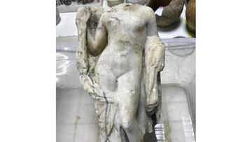 Hallan una  asombrosa estatua de Afrodita