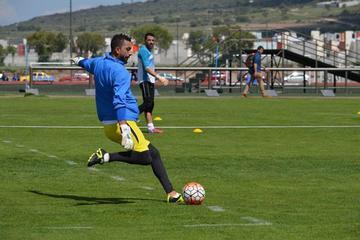 Everton quiere mejorar su imagen ante Caracas
