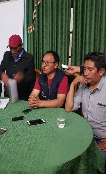 La firma de un acuerdo pone fin al bloqueo de los caminos en Uyuni