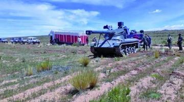 Rechazan uso de un tanque en la lucha anticontrabando