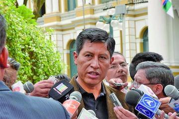 Cuestionan subordinación de la COB al gobierno de Evo