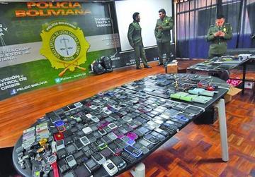 Fuerza anticrimen decomisa 805 celulares en tiendas que cambian IMEI
