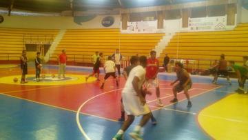 Nacional Potosí trabaja sin pausa para conseguir el título