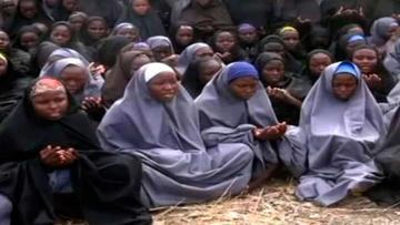 Nigeria crea un comité para investigar el rapto de 110 niñas