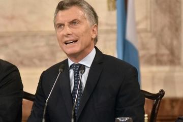 Macri dice que Argentina necesita un debate maduro sobre el aborto