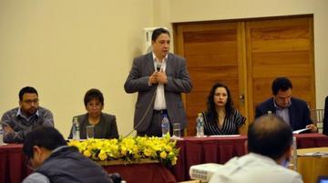 Más de 2 mil abogados rinden exámenes para 442 notarías del país