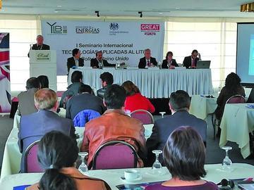 Bolivia espera llegar a acuerdos con Argentina y Chile por el litio