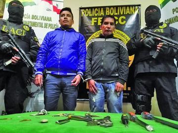 Capturan a monrreros que perpetraban robos en tiendas comerciales