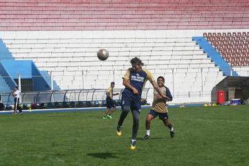 Maygua vuelve a juntar la dupla Mealla y Adrián