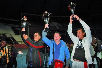 Potosinos logran 100 puntos en el campeoanto de Taekwondo