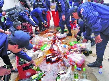 Destruyen bebidas incautadas y anuncian mucho más control
