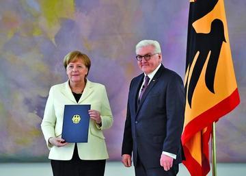 Angela Merkel jura a su cargo por cuarta ocasión en Alemania