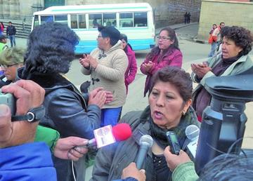 Los trabajadores de Ecobol piden la reinserción laboral