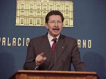 Denuncian que Sánchez Berzaín dirigió represión en octubre 2003