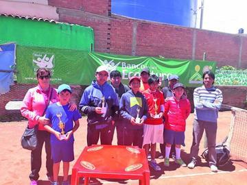 Joaquín Sandoval y Franklin Marca se consagran campeones en tenis