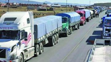 Transportistas denuncian que los chilenos violan el tratado de 1904