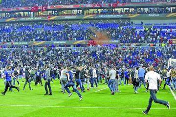 UEFA analiza suspender a Lyon un año