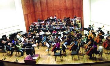 La Armada Boliviana y la Orquesta Sinfónica darán concierto por el mar